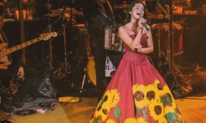 Biografía de Ángela Aguilar