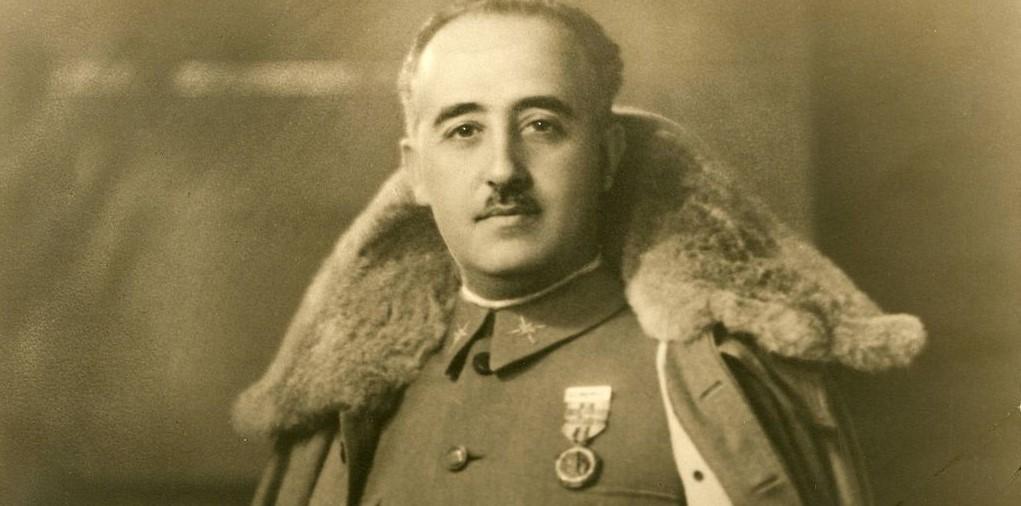 Biografía de Francisco Franco Bahamonde