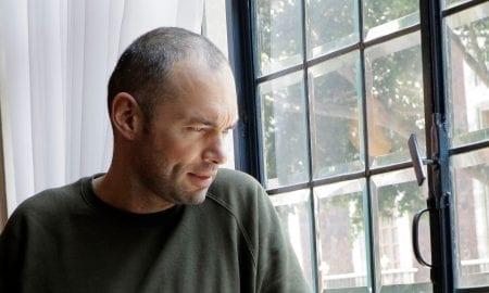 Biografía de Santiago Cruz